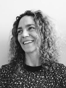 Yogadocent Judith van Liv Yoga & Mindfulness Leiden